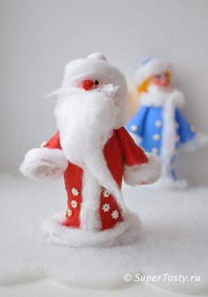Дед мороз своими руками, тулуп украшаем снежинками. фото. Поделки к новому году с детьми