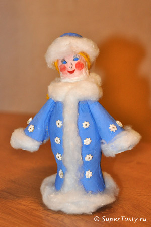 Снегурочка из ваты, бутылочки, ниток своими руками. фото. Поделки к новому году с детьми