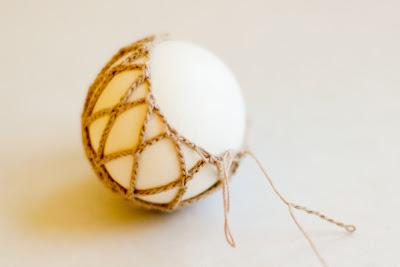 Яйца, обвязанные крючком. Рис20