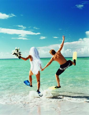 Прикольная открытка на свадьбу