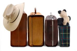 Всемирный день туризма - 27 сентября. фото чемоданы